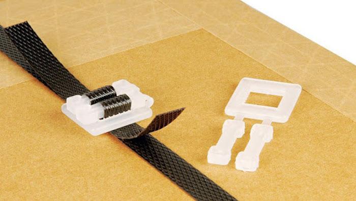 khoá đai nhựa đóng thùng bằng dây đai nhựa